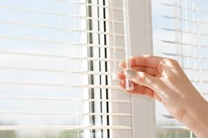 mini blinds anchorage ak